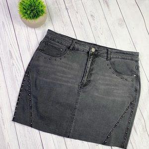 NWT Forever 21 Plus Black Stud Denim Skirt 2X